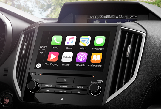 Apple CarPlay *(1) and Android Auto™ *(2)